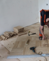 Укладка штучного паркета Дуб Натур